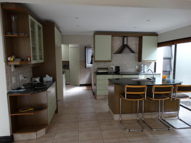 Property For Rent in Dainfern Golf Estate, Dainfern 2