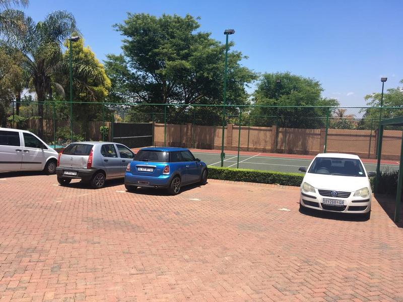 Property For Rent in Douglasdale, Sandton 9