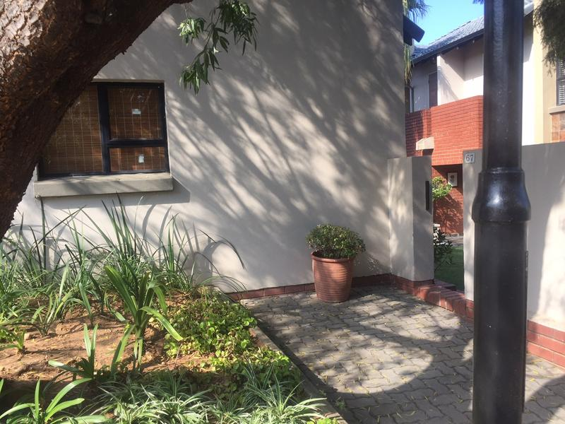 Property For Rent in Craigavon, Sandton 4