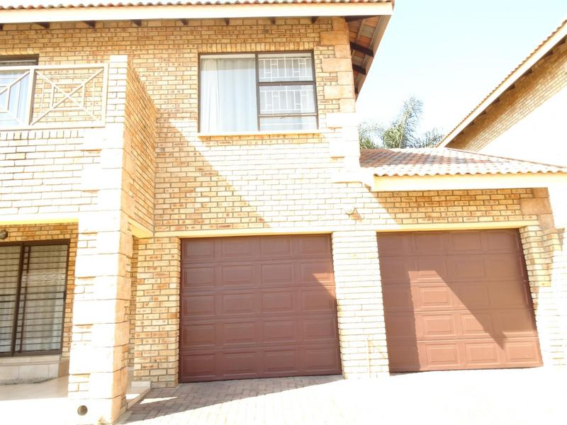 Property For Rent in North Riding, Randburg 11