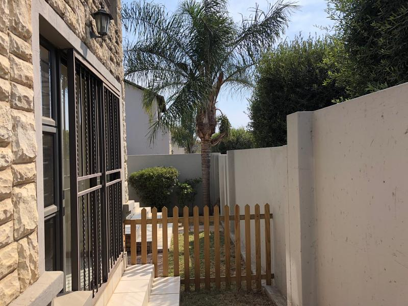 Property For Rent in Fourways, Sandton 11