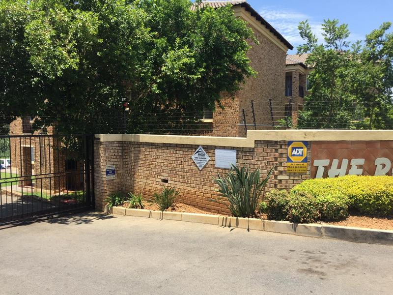 Property For Sale in Sonneglans, Randburg 4