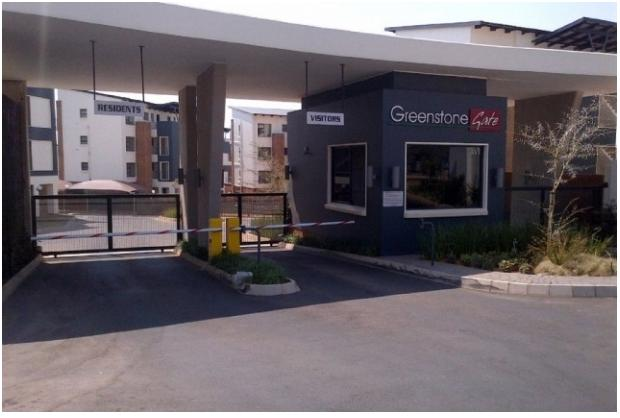 Property For Sale in Greenstone Hill, Edenvale 1