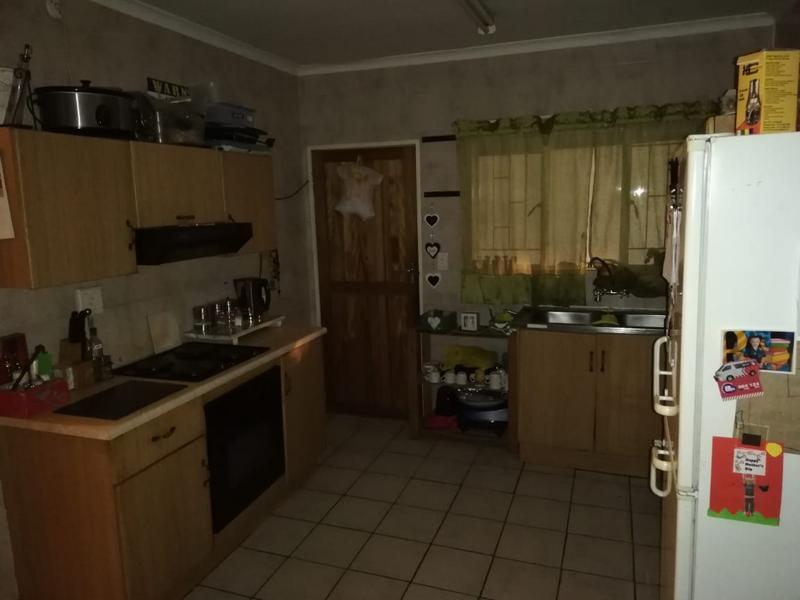 Property For Sale in Geelhoutpark, Rustenburg 2