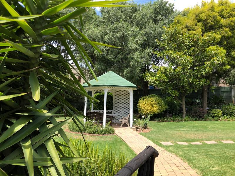 Property For Sale in Fairland, Johannesburg 24