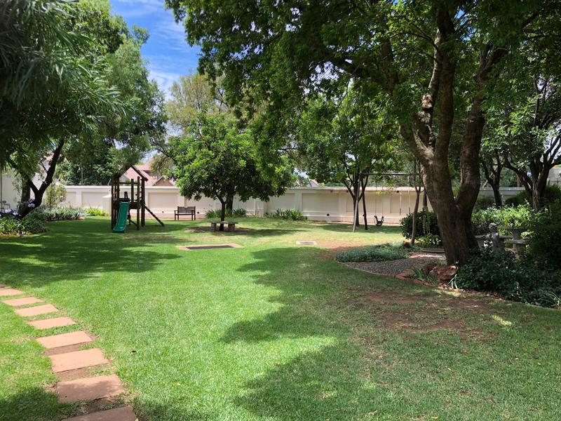 Property For Sale in Fairland, Johannesburg 26