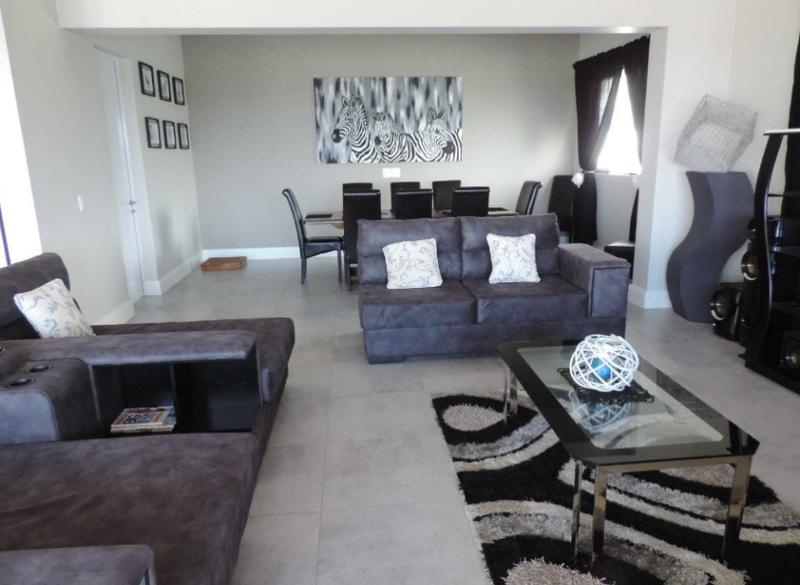 Property For Sale in St Francis On Sea Phase II, St Francis Bay 9