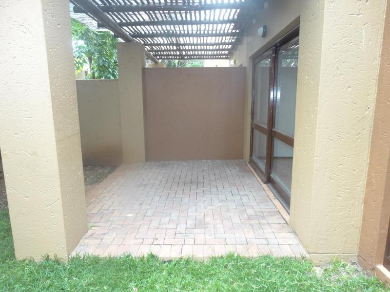 Property For Sale in Lonehill, Sandton 11
