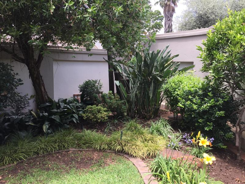 Property For Sale in Fairland, Johannesburg 31