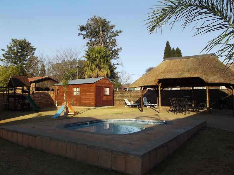 Property For Sale in Aerorand, Middelburg 3