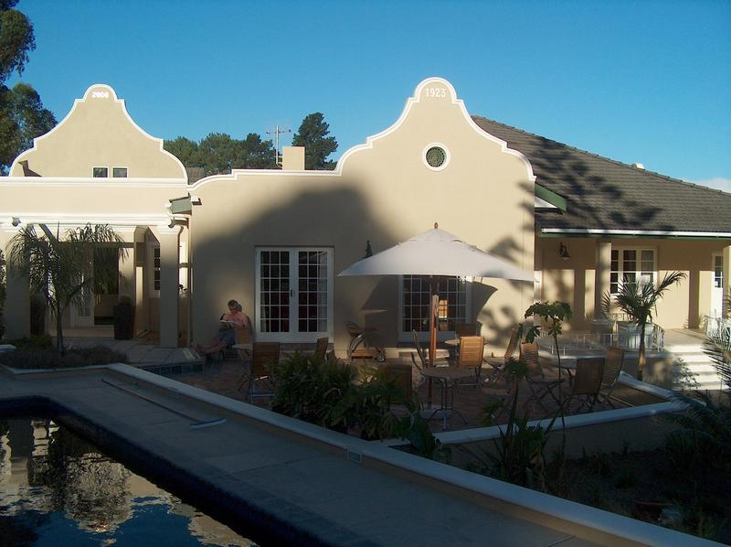 Property For Sale in Die Wingerd, Somerset West 3
