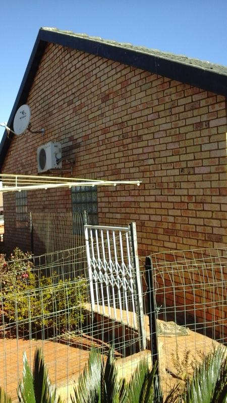 Property For Sale in Lenasia South, Johannesburg 14
