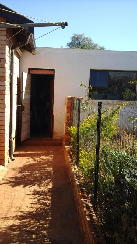Property For Sale in Lenasia South, Johannesburg 16