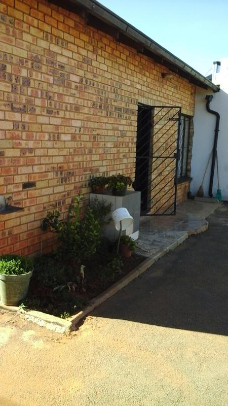 Property For Sale in Lenasia South, Johannesburg 20