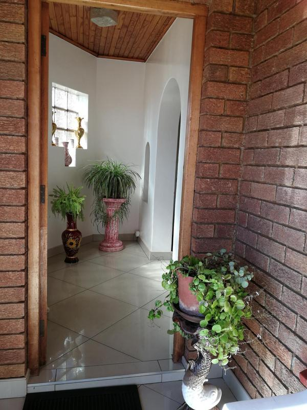 Property For Sale in Lenasia Ext 6, Johannesburg 15