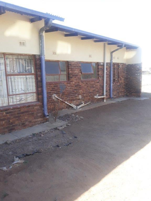 Property For Sale in Seshego D, Seshego 32