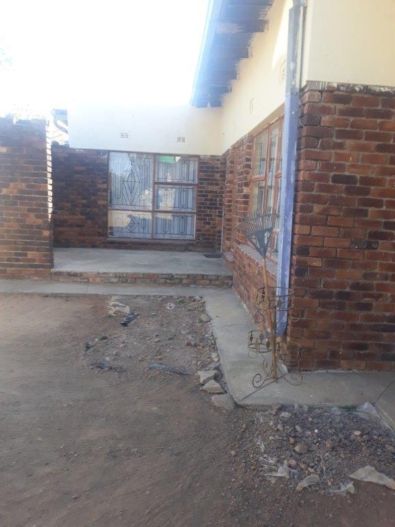 Property For Sale in Seshego D, Seshego 33
