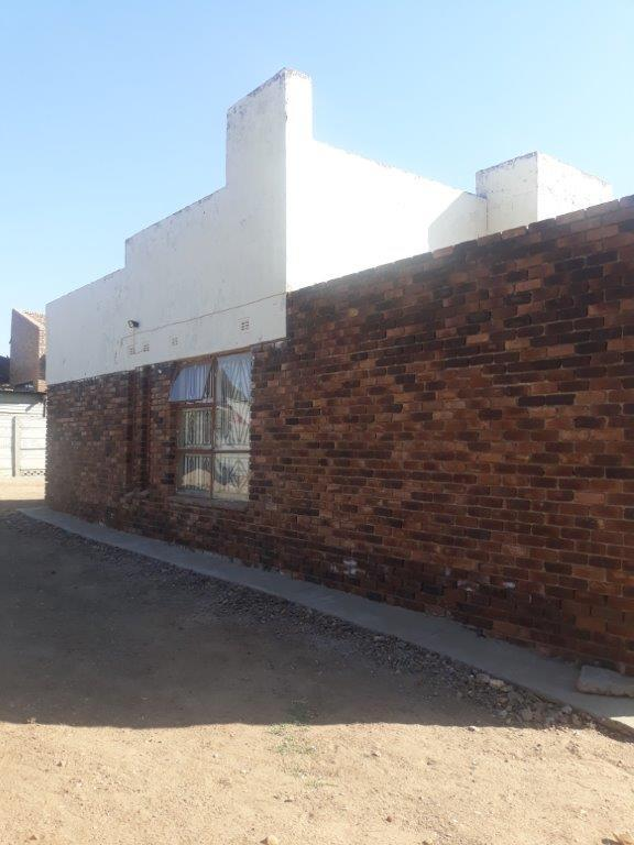 Property For Sale in Seshego D, Seshego 4