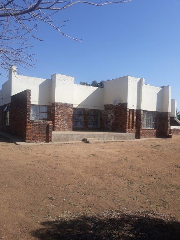 Property For Sale in Seshego D, Seshego 1
