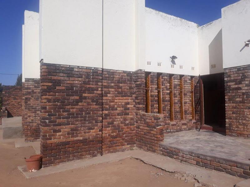 Property For Sale in Seshego D, Seshego 3