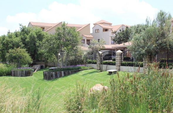 Property For Sale in Lonehill, Sandton 15