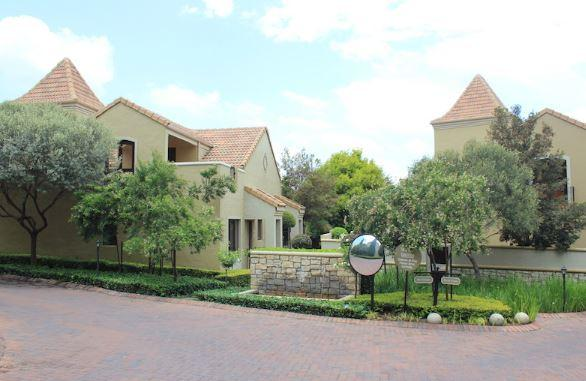 Property For Sale in Lonehill, Sandton 21