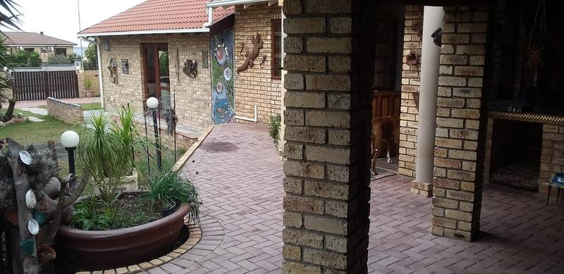 Property For Sale in Bluewater Bay, Port Elizabeth 4