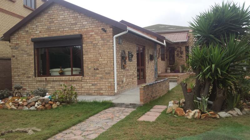 Property For Sale in Bluewater Bay, Port Elizabeth 1
