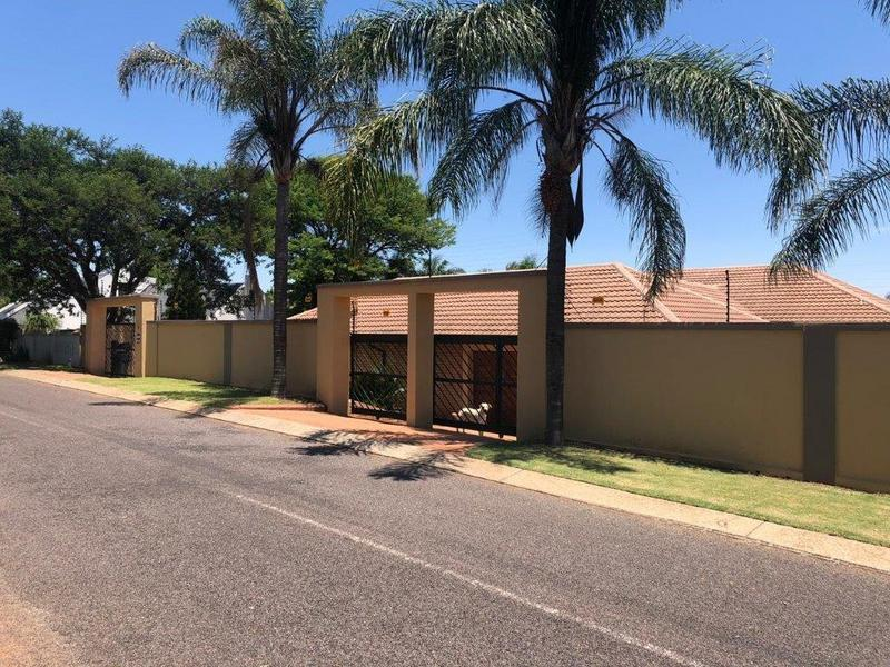 Property For Sale in Zwartkop Ext 4,5,6,8, Centurion 1