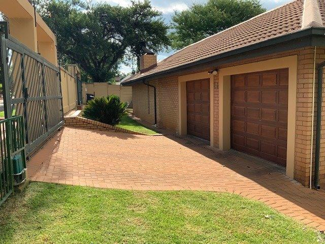 Property For Sale in Zwartkop Ext 4,5,6,8, Centurion 3