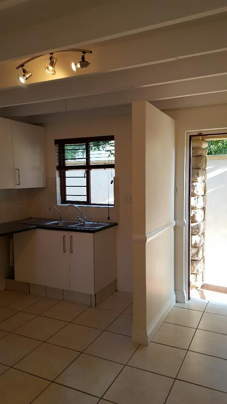 Property For Rent in Lonehill, Sandton 28