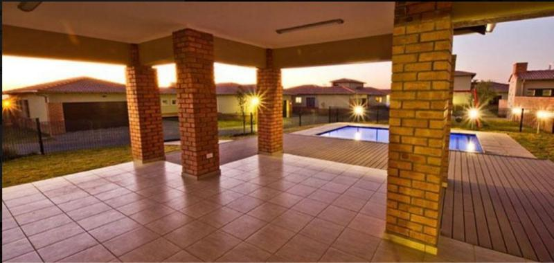 Property For Sale in Noordwyk, Midrand 5