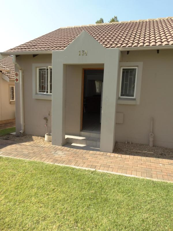 Property For Sale in Greenstone Hill, Edenvale 19