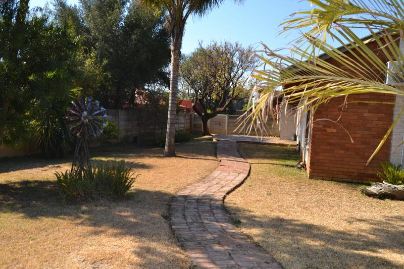 Property For Sale in East Lynne, Pretoria 15