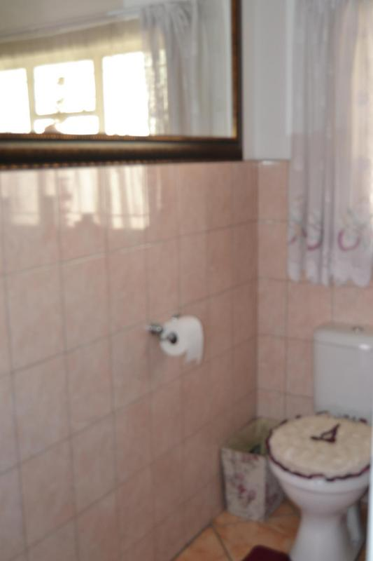 Property For Sale in East Lynne, Pretoria 16