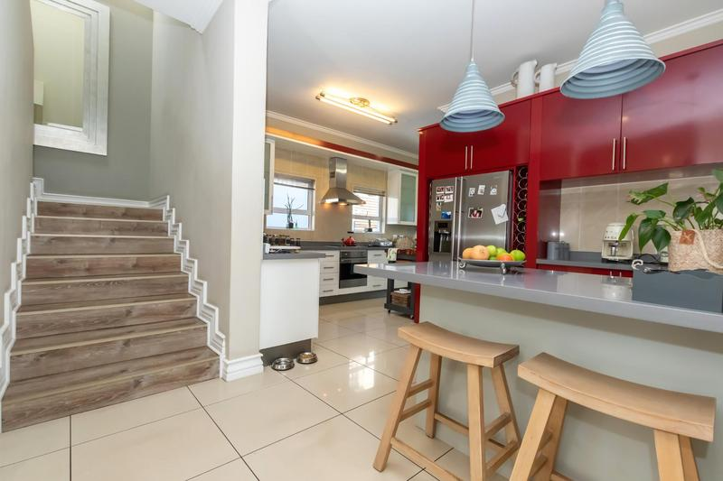 Property For Sale in Greenstone Hill, Edenvale 15
