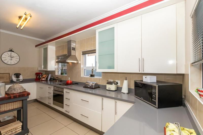 Property For Sale in Greenstone Hill, Edenvale 18