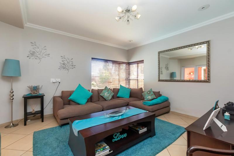 Property For Sale in Fourways Gardens, Sandton 19