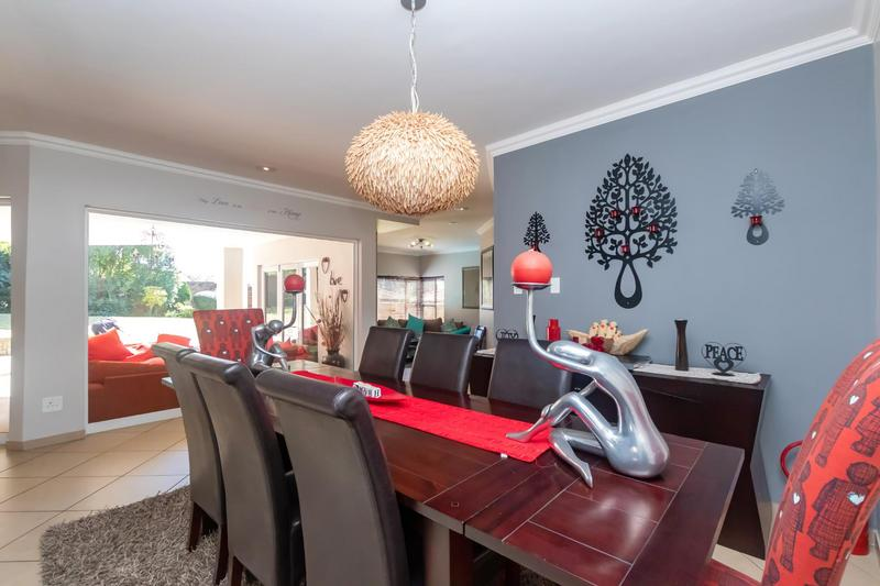 Property For Sale in Fourways Gardens, Sandton 15