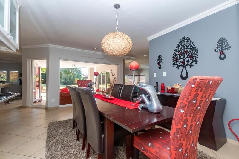 Property For Sale in Fourways Gardens, Sandton 13