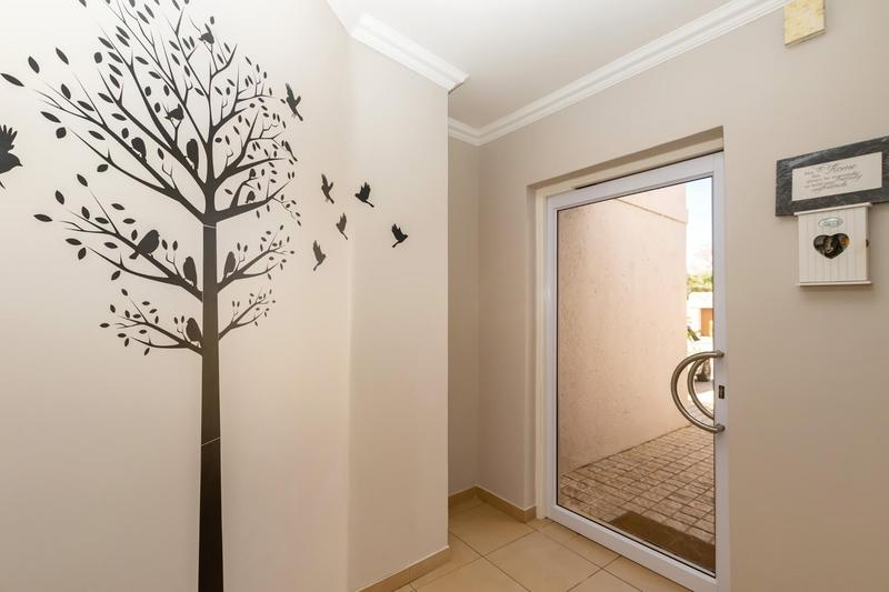Property For Sale in Fourways Gardens, Sandton 37