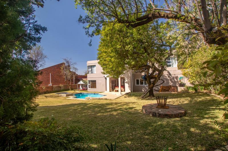 Property For Sale in Fourways Gardens, Sandton 42
