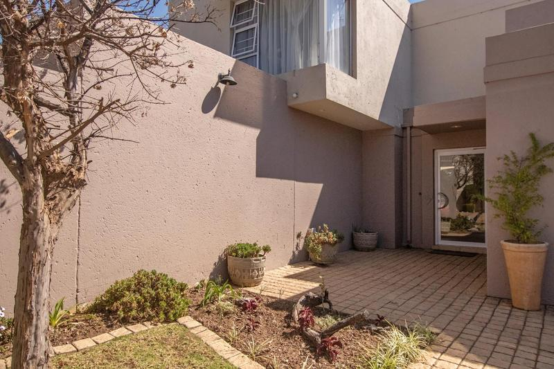 Property For Sale in Fourways Gardens, Sandton 47