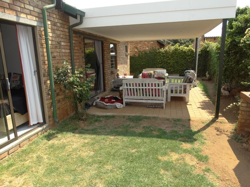 Property For Sale in Die Hoewes, Centurion 18