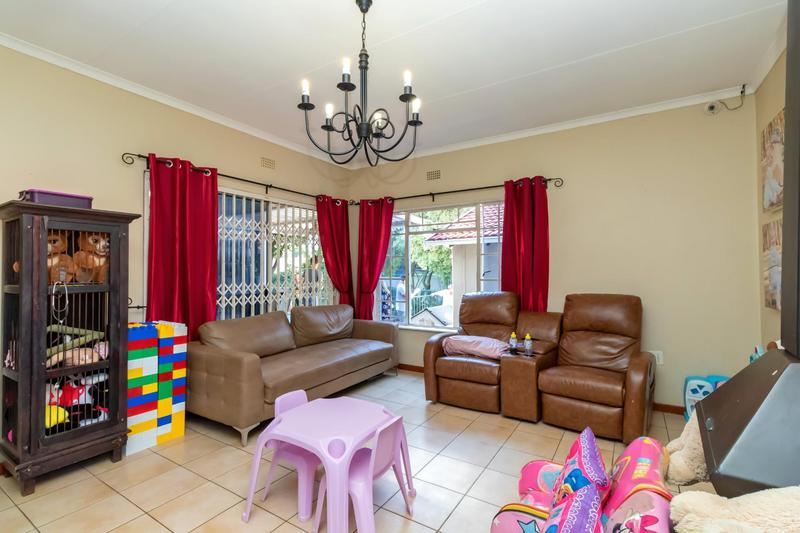 Property For Sale in Johannesburg North, Randburg 19