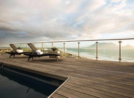 Property For Sale in Bloubergstrand, Cape Town 9