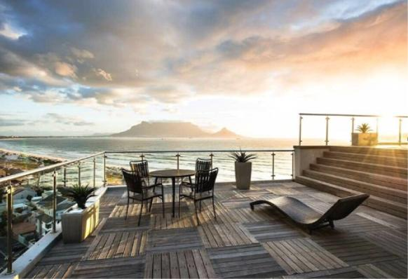 Property For Sale in Bloubergstrand, Cape Town 10