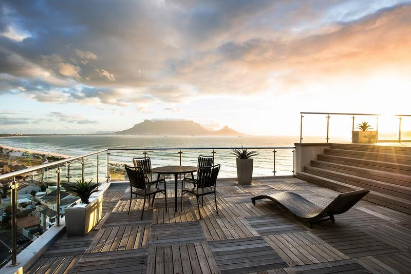 Property For Sale in Bloubergstrand, Cape Town 25