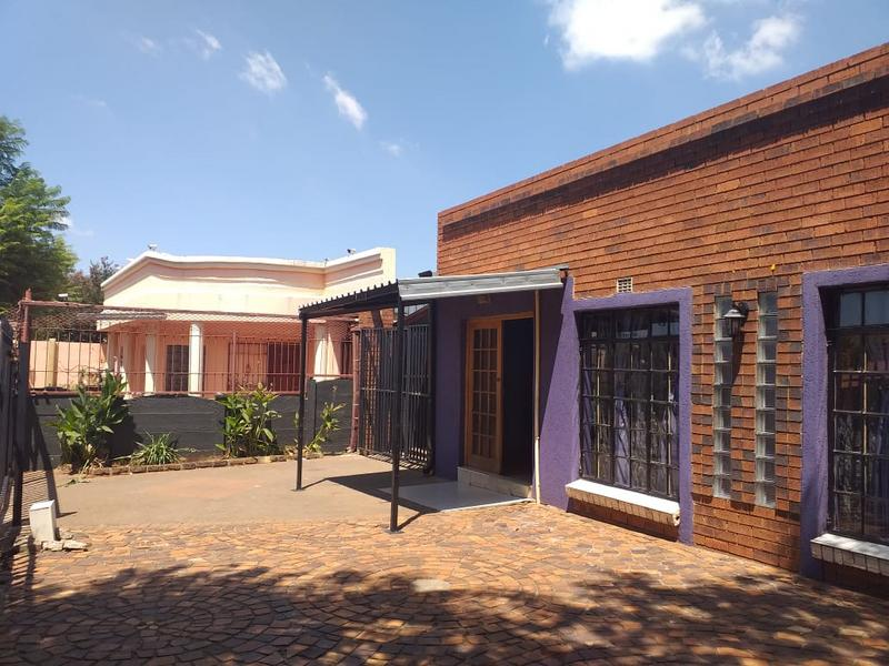 Property For Sale in Lenasia, Johannesburg 1
